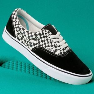 💟VANS COMFYCUSH ERA TEAR CHECKERED BLACK WHIT NEW